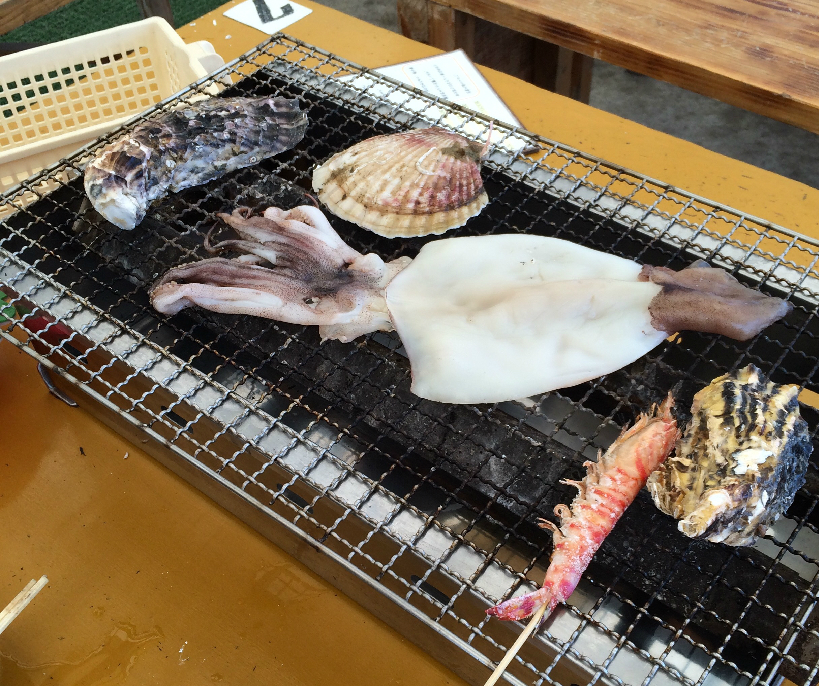 大好きな彼と冬に食べたい!糸島市船越の牡蠣小屋で絶品海の幸