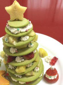 手作りクリスマスツリーケーキ