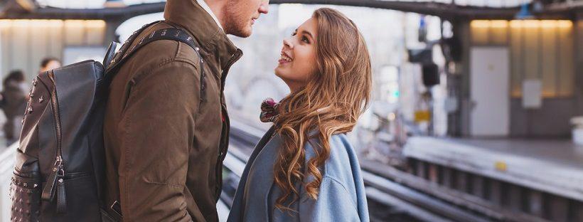 遠距離恋愛中の彼女の行動・心理あるある21選をご紹介
