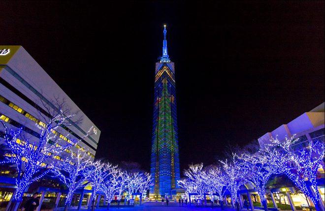 福岡タワーのイルミネーション
