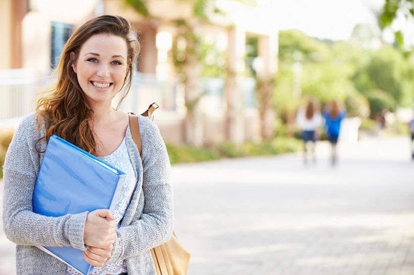 大学院生は就職に有利って本当?