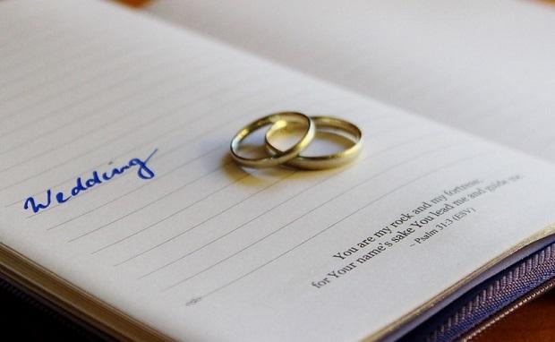 結婚しても本籍地は夫婦別々?それはあり得ない!