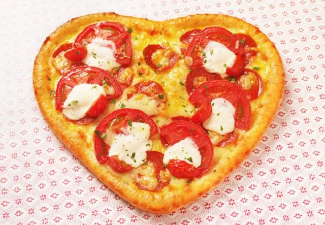 ハートのピザが可愛い!