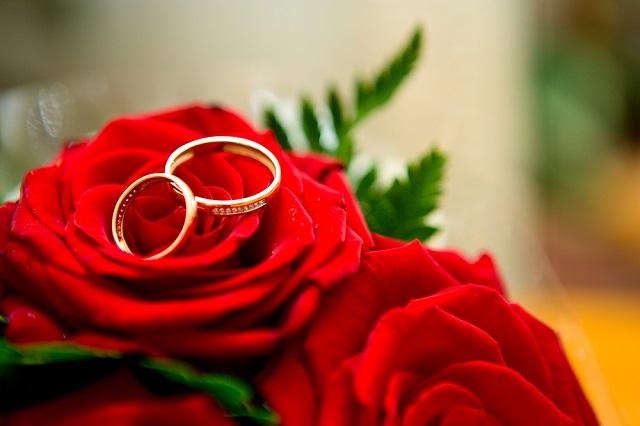 遠距離で結婚すると孤独になるけど...