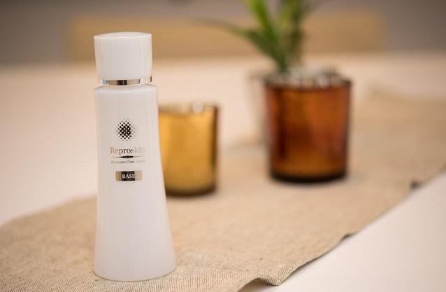 ニキビがすぐできる人には導入型柔軟化粧水リプロスキンがおすすめ!