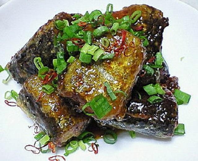ピリ辛揚げ焼き秋刀魚