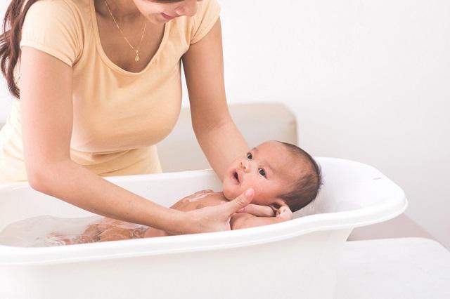 産後3日目の入院スケジュール:沐浴指導!