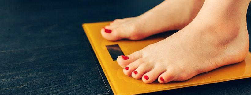 出産で体重がすぐ戻ると思ってたのに…産後に意外と減らない理由は?