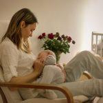 夜間授乳後に眠れない!目が冴えるのを防いですぐ眠りにつくための方法とは?