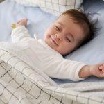 新生児の変顔が可愛い&面白い!…でも笑ってしまって寝かし付け失敗!
