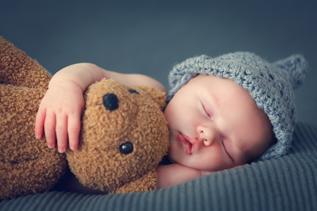 産後の細切れ睡眠はいつまで続く?