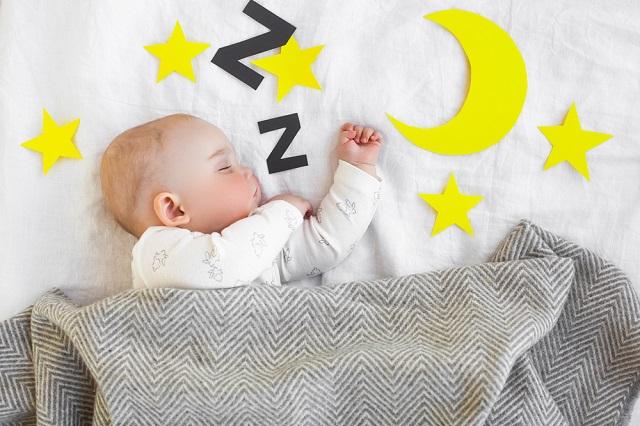 赤ちゃんが授乳以外で起きるのは何故?