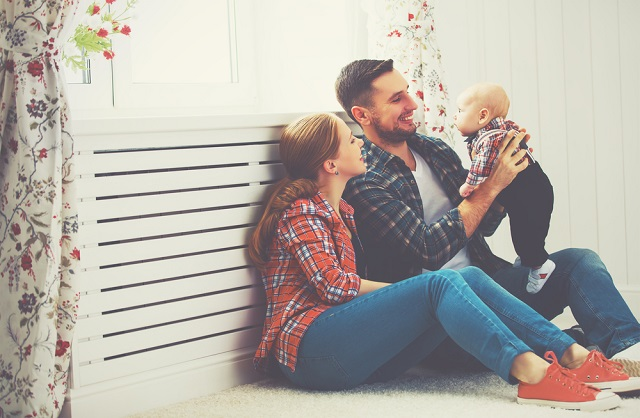 「ママ・パパ」「お母さん・お父さん」どちらで教える?