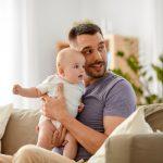 生後2ヶ月の赤ちゃんが夫がいると泣き止む!ご機嫌でニコニコ笑顔なのは何故…?