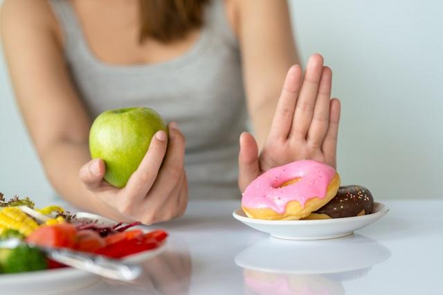 間食はせめて栄養価のあるものを!