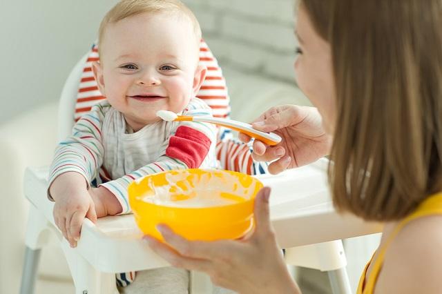 2回食はいつから開始?生後6ヶ月からでも大丈夫?