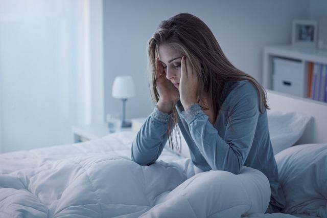 眠れない育児もまるで拷問!断眠は脳が休まらない!